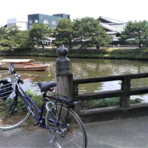 堀川を遊覧できる船
