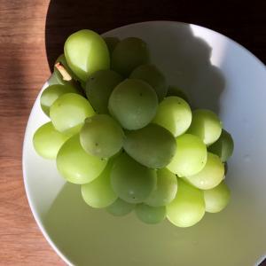 フルーツ王国、夏の果物と野菜の下ごしらえ