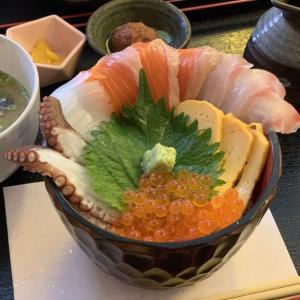 【浜焼き栄鮮魚】薬院で海鮮料理が食べられる居酒屋を紹介!ランチの海鮮丼がおすすめです!