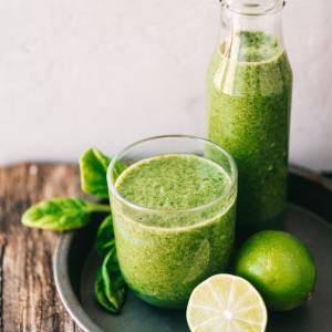 必見!青汁(Green juice)の効果 +英語学習