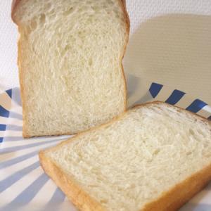 ふわふわの山食パン
