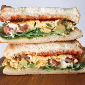 サンドイッチとカルボナーラ