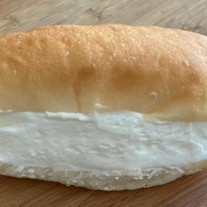 生クリームコッペパン