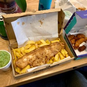 地元のfish&chipsをデリバリー&気力低下した時。