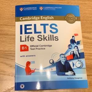 IELTS Life Skills B1の勉強中〜。