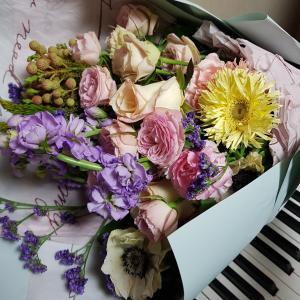 こまちゃんとピアノ