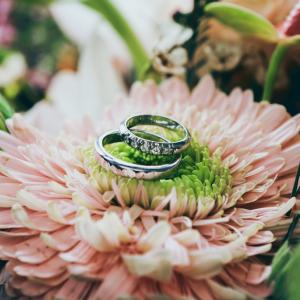 一目惚れで結婚したいと思うのはなぜ?あなたの心に隠れる7つの理由とは