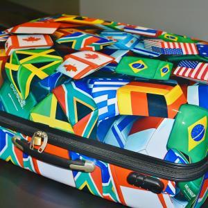 空港で預ける荷物の「超過料金」を英語で何というの?