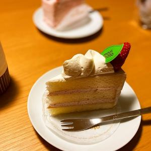 苺が先かスポンジが先か 〜苺のショートケーキ〜
