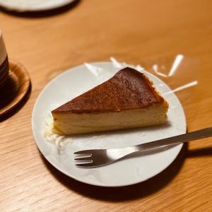 数量限定の濃厚チーズ 〜フルーツケーキファクトリー バスクチーズケーキ〜