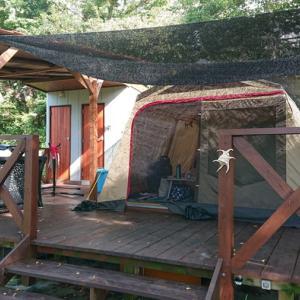 ほぼ手ぶらでキャンプが楽しめる沖縄「むりぶしPLUS」で暑い季節でも快適グランピング体験