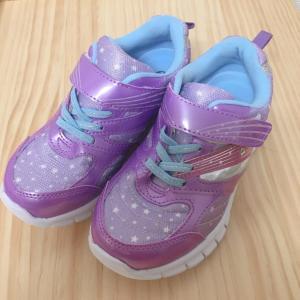 キラキラの靴☆キッズシューズを購入