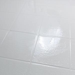 【浴室タイルをキレイにしたい!】汚れ落とし&小修理の方法