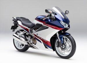 国産大型ツアラーバイク13台を比較! あなたのツーリングに最適な相棒はどれ?