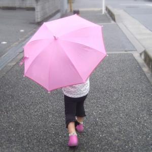 【梅雨シーズン到来】雨の日こそ色々な遊びで外遊びしよう。