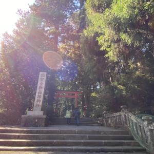 神社で写った不思議な光