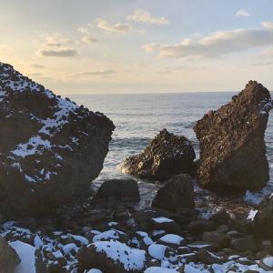 懐かしい雷電の海岸に奇岩「傘岩」を探しに行ってみました