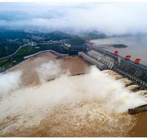 千年どころか十年でボロボロの三峡ダム