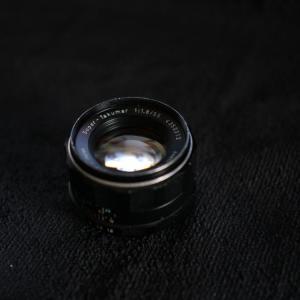 Ai NIKKOR 50/1.2SとPENTAX Super Takuma55/1.8 レンズ比較