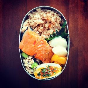 【旬を食べる】新生姜の炊き込みご飯弁当