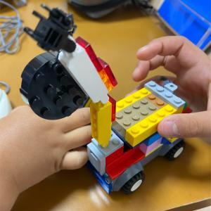 長男5歳作レッカー車