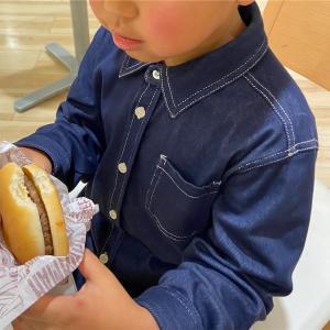 ハンバーガーを買う