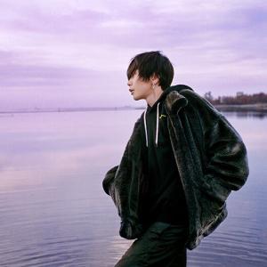 【音楽】米津玄師「感電」MV解禁 監督は写真家・奥山由之 芝浦署&としまえんで撮影