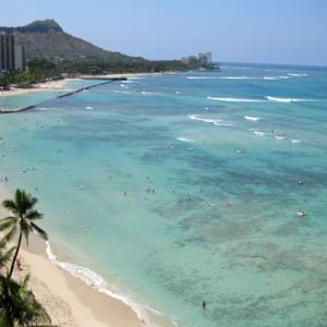 ハワイの入国規制緩和は9月以降に延期