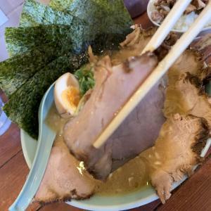 リゾート気分が味わえる絶品スープが自慢のお店 地どりラーメン
