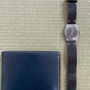 MOTOの財布と腕時計