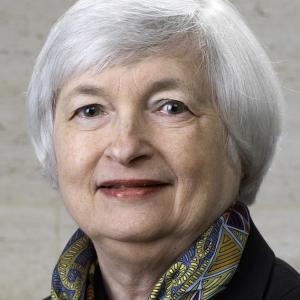 異常な低金利のまま株高がいいか? それとも、適正な金利でそれなりな株価がいいか?