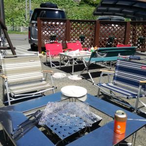 1台2役!囲炉裏テーブルがフラットなキャンプテーブルに!