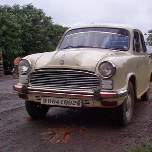 【インド】1999年当時カルカッタで走っていた自動車(Kolkata)