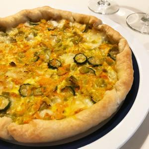 野菜とチーズたっぷりイタリアンキッシュ