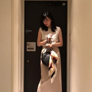 しいたけ占いカラーコーデ(7/6週てんびん座):赤いスカーフ