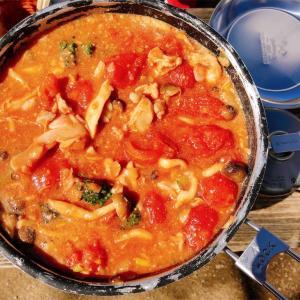 【山レシピ】家で下ごしらえ・お外で簡単!「味噌トマト鍋」