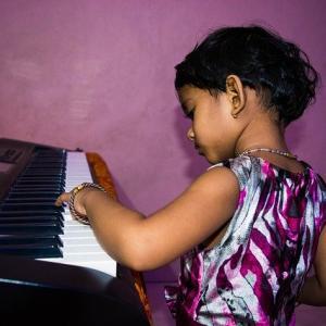 【ピアノ】鍵盤の位置&譜読み練習
