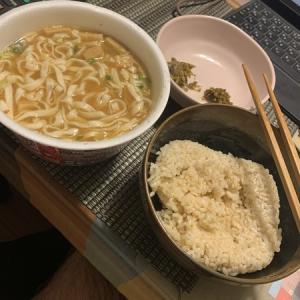 孤独の晩御飯:最近は玄米ごはんに手を出しているw