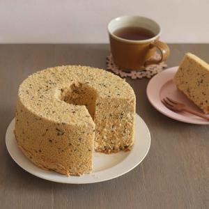 米粉でふわ&モチ♪きなこと黒ごまのシフォンケーキ