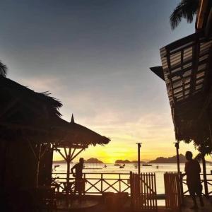 【パラワン島】エルニドの海沿いの海鮮レストラン【Jarace Grill】