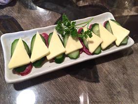 サラミ&チーズ旨い~!