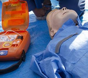 たった1日の講習で取れる「上級救命技能認定証」は価値ある公的資格