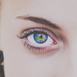 「目が痛いし頭痛もする」は【目の酸素不足】かもしれません