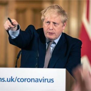 コロナウイルスでイギリスから緊急帰国