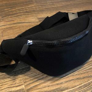 ダイソーさんで買った三百円のレンズ・ポーチ!〜予備レンズを一個だけ持ち運びたい軽装時に便利。