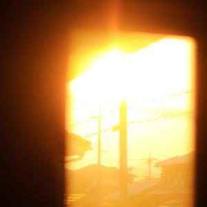 (勝手に)癒しのお家フォトコン「家の中に見つけた夕暮れ」