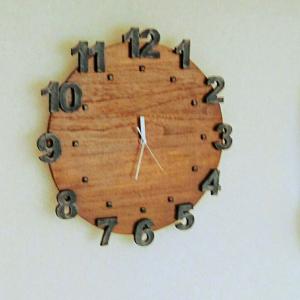 端材を使って激安!壁掛け時計をDIY!!