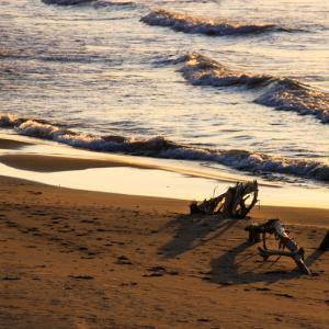 角田浜で夕日を撮る