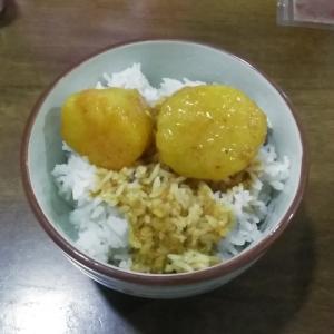 やっぱり東南アジアのカレーはタイ米ですね!