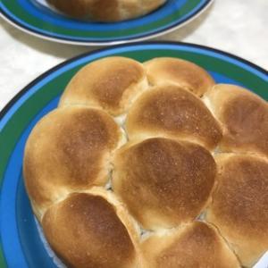 ケーキ型でちぎりパン